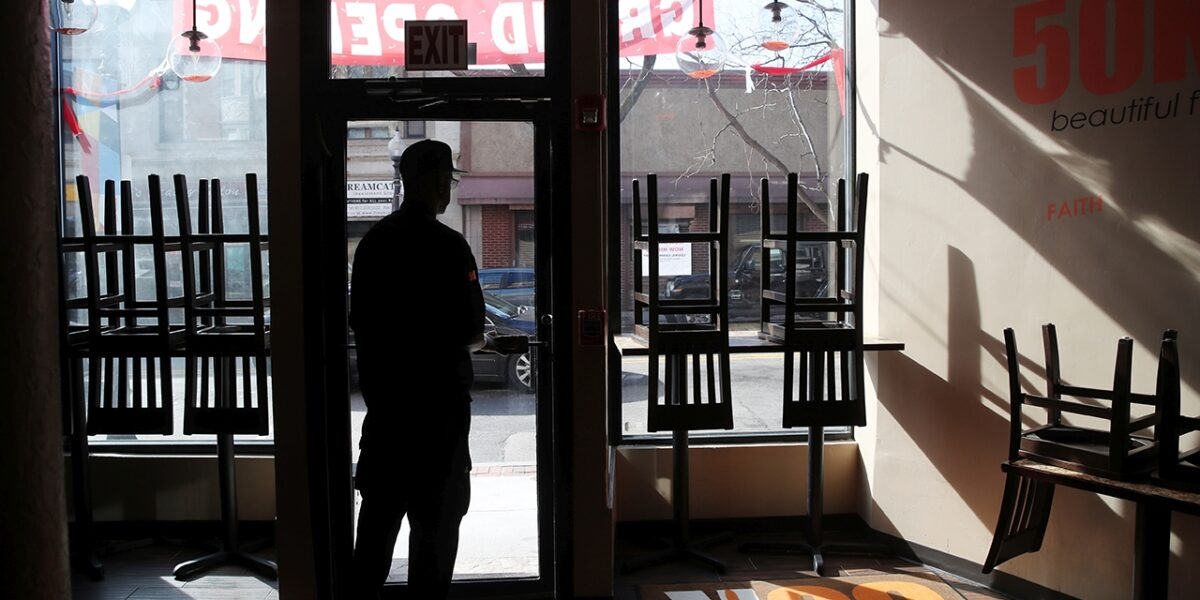 Teatrele si restaurantele se inchid din nou in Cluj-Napoca